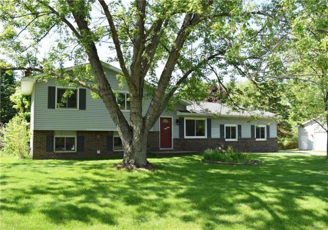 2140 Marble Court, Commerce Twp, MI 48390 (#218046433) :: RE/MAX Classic