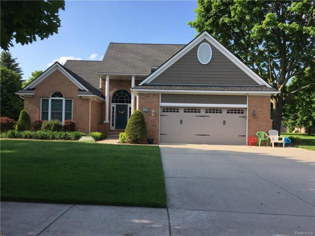 3112 Hazelwood Court, Waterford Twp, MI 48329 (#218046580) :: RE/MAX Classic