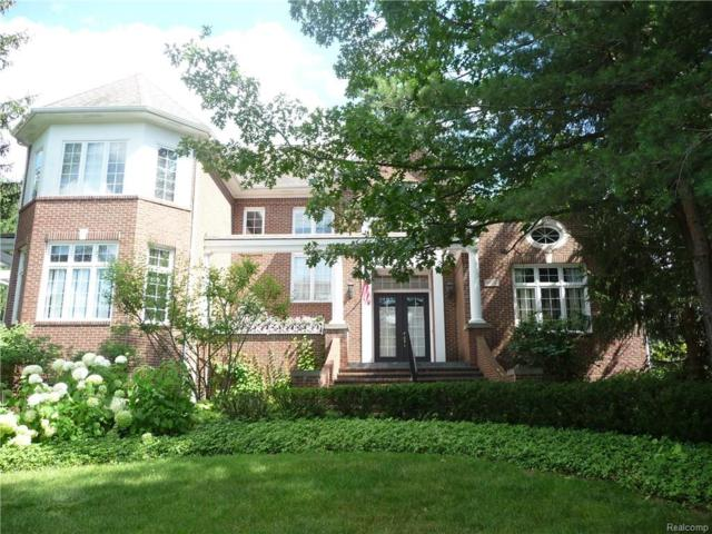 6637 Crest Top Drive, West Bloomfield Twp, MI 48322 (#218047726) :: The Mulvihill Group