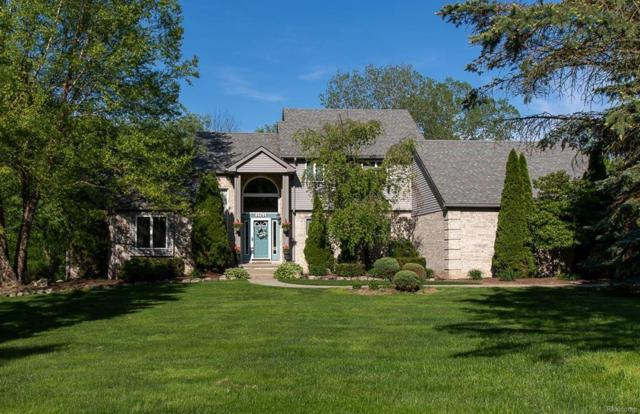 4704 Indianwood, Independence Twp, MI 48348 (#50100002372) :: RE/MAX Classic