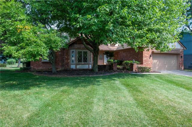 5209 Waterview Drive, West Bloomfield Twp, MI 48323 (#218050112) :: RE/MAX Classic