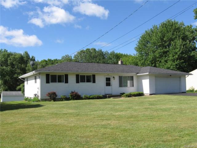 7195 Pontiac Lake Road, Waterford Twp, MI 48327 (#218050243) :: RE/MAX Classic