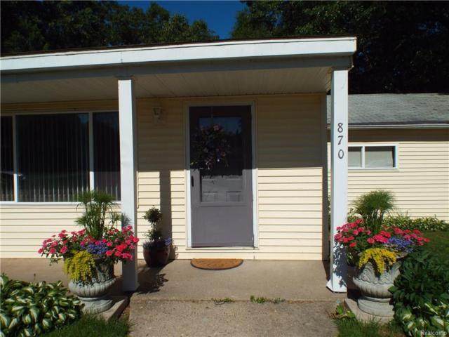 870 Cedar Bay Court, White Lake Twp, MI 48386 (#218051189) :: RE/MAX Classic