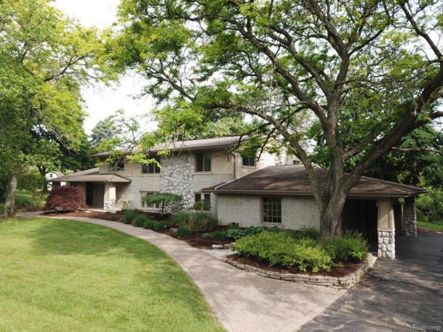 4714 Pickering Road, Bloomfield Twp, MI 48301 (#218051523) :: Duneske Real Estate Advisors