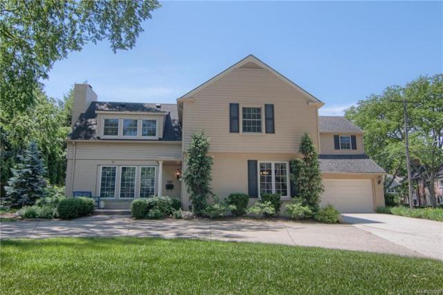 245 Vendome Road, Grosse Pointe Farms, MI 48236 (#218053676) :: Duneske Real Estate Advisors
