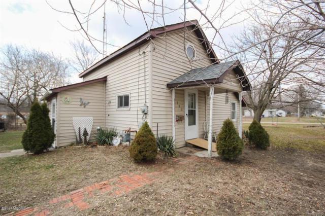501 Evans St, JONESVILLE VLLG, MI 49250 (#53018027377) :: Duneske Real Estate Advisors