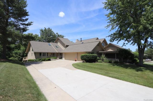 8066 Pepperwood Drive, Grand Blanc Twp, MI 48439 (#218054397) :: Duneske Real Estate Advisors