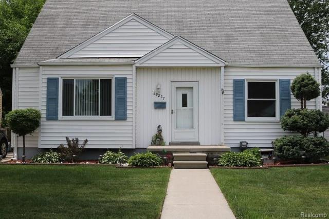 29257 Commonwealth Street, Roseville, MI 48066 (#218054808) :: Duneske Real Estate Advisors