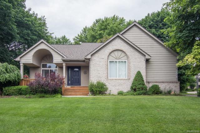 3489 Lakeshore, Waterford Twp, MI 48329 (#218054893) :: RE/MAX Classic