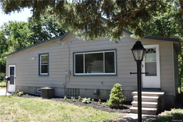 14704 Collinson Avenue, Eastpointe, MI 48021 (#218055355) :: RE/MAX Classic