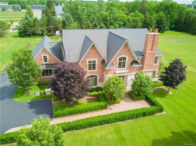 514 Chase Lane, Bloomfield Hills, MI 48304 (#218055795) :: The Buckley Jolley Real Estate Team