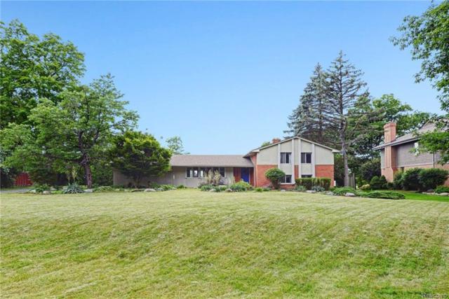 36782 Quakertown Lane, Farmington Hills, MI 48331 (#218056700) :: Duneske Real Estate Advisors