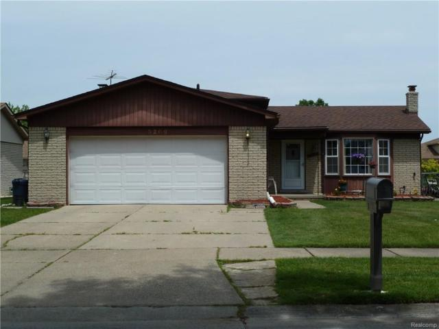 3209 Charity Dr, Sterling Heights, MI 48310 (#218057201) :: The Buckley Jolley Real Estate Team