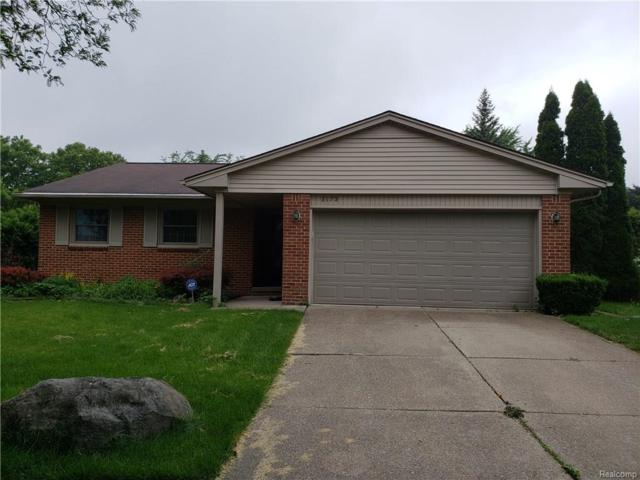 3173 Wolverine Drive, Troy, MI 48083 (#218057460) :: The Mulvihill Group