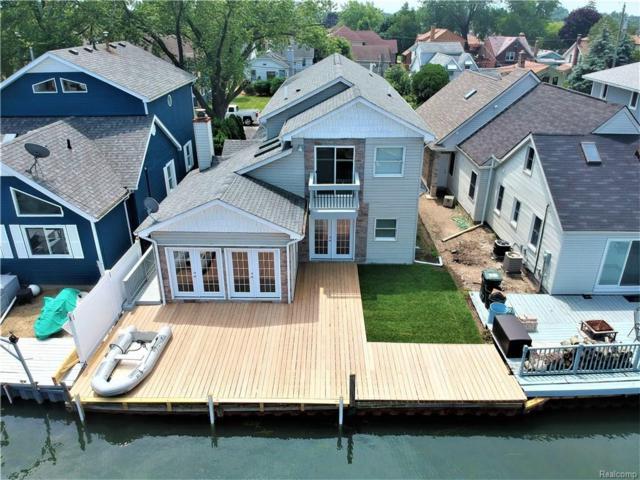 22477 E Beach Street N, Saint Clair Shores, MI 48081 (#218057786) :: RE/MAX Classic