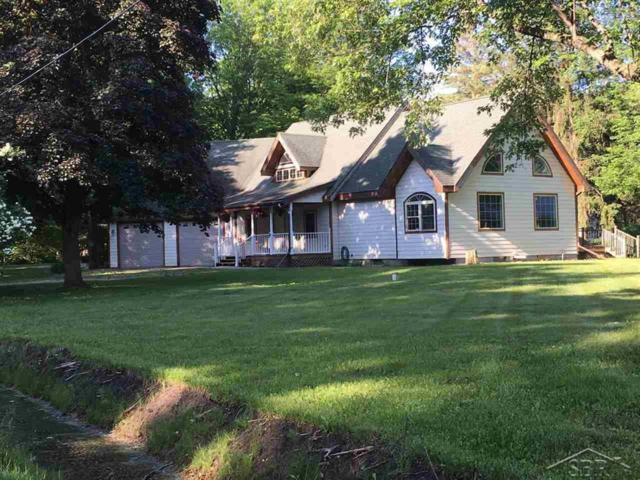 18360 Niver Road, Chesaning Twp, MI 48649 (MLS #61031351757) :: The Toth Team