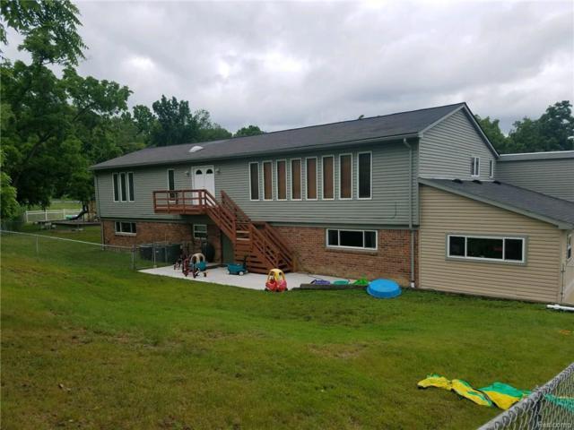 4500 Arline Drive E, Orchard Lake, MI 48323 (#218058199) :: RE/MAX Classic