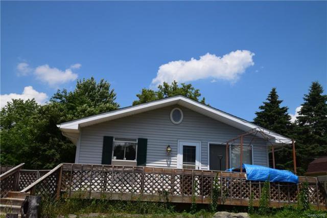 610 Alberta Street, Auburn Hills, MI 48326 (#218060507) :: The Buckley Jolley Real Estate Team