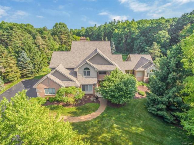 7605 Devins Ridge, Independence Twp, MI 48348 (#218061113) :: Duneske Real Estate Advisors