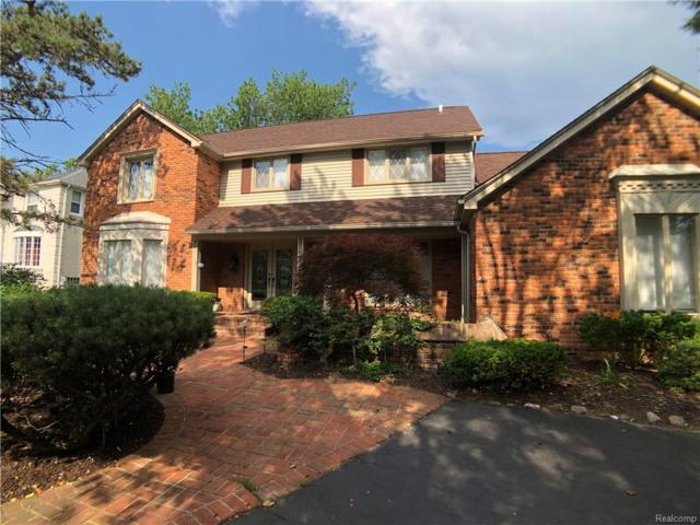 4748 S Knoll Court, West Bloomfield Twp, MI 48323 (#218061383) :: RE/MAX Classic