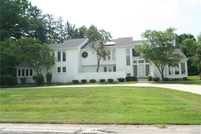 3365 Indian Summer Drive, Bloomfield Twp, MI 48302 (#218061927) :: RE/MAX Classic