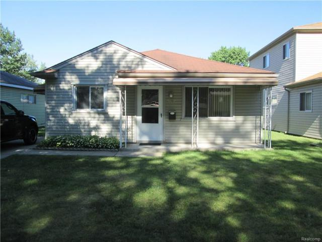 5612 Clippert Street, Dearborn Heights, MI 48125 (#218062028) :: The Mulvihill Group