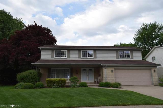 1217 Blairmoor, Grosse Pointe Woods, MI 48236 (#58031353037) :: Duneske Real Estate Advisors