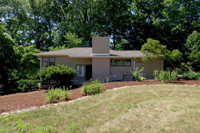 2241 Cumberland Road, Lansing, MI 48906 (#630000228106) :: Duneske Real Estate Advisors