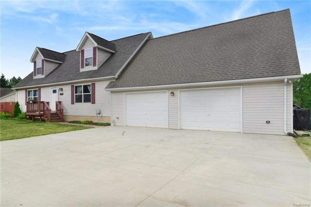 2766 Bogue Creek Drive, Oceola Twp, MI 48855 (#218063570) :: The Mulvihill Group
