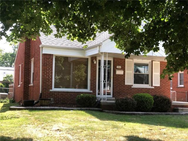 9815 Quandt Avenue, Allen Park, MI 48101 (#218063950) :: Duneske Real Estate Advisors