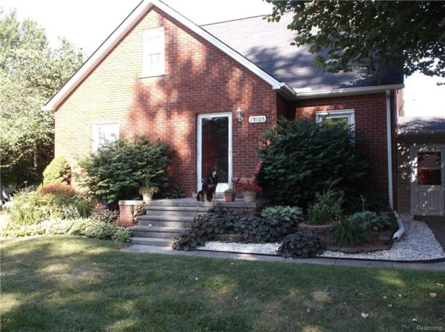 19105 Sterling Street, Huron Twp, MI 48164 (#218064158) :: RE/MAX Classic
