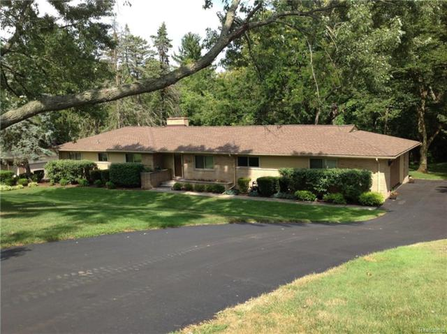 7141 Fairhill Road, Bloomfield Twp, MI 48301 (#218064493) :: Duneske Real Estate Advisors