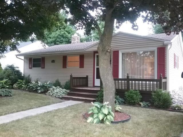 703 Huntington, Owosso, MI 48867 (#50100003046) :: Duneske Real Estate Advisors