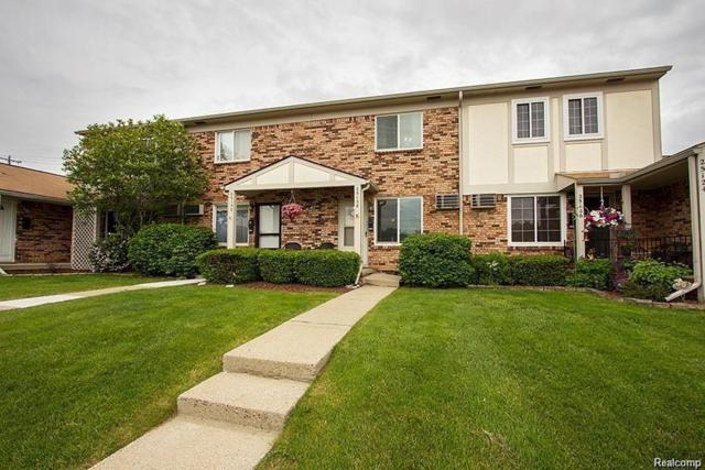 25128 Franklin Terrace, South Lyon, MI 48178 (#218064830) :: Duneske Real Estate Advisors