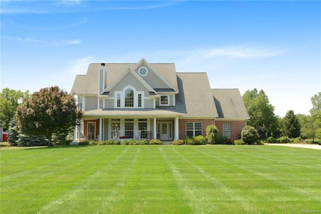 3120 Long Lane, White Lake Twp, MI 48383 (#218064985) :: Duneske Real Estate Advisors