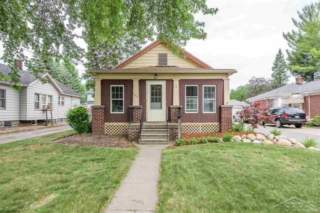 207 Hill Street, Bay City, MI 48708 (MLS #61031353670) :: The Toth Team