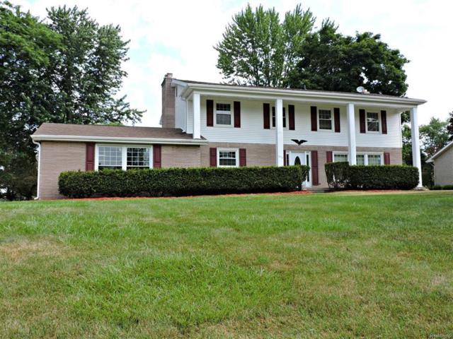 1215 Arrowwood, Grand Blanc Twp, MI 48439 (#50100003065) :: Duneske Real Estate Advisors
