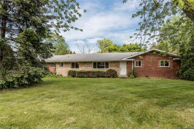 2537 W Hickory Grove Road, Bloomfield Twp, MI 48302 (#218065654) :: RE/MAX Nexus