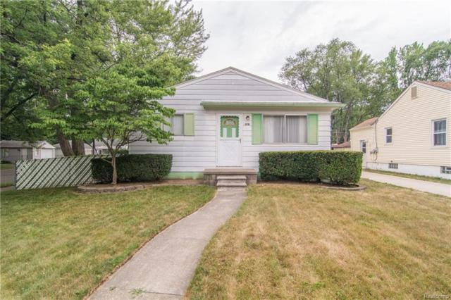 18701 Deering Street, Livonia, MI 48152 (#218066147) :: RE/MAX Classic