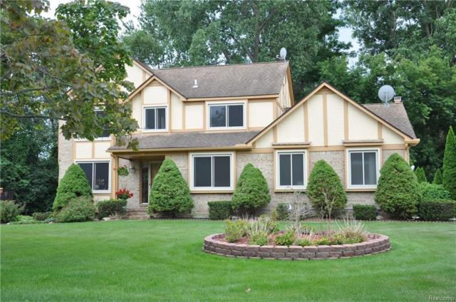 6285 Marshview Lane, West Bloomfield Twp, MI 48323 (#218066564) :: RE/MAX Classic