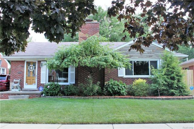 22412 Red Maple Lane, Saint Clair Shores, MI 48080 (#218066660) :: RE/MAX Classic