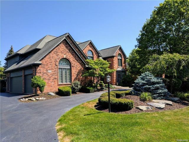 2532 Cedar Brook Court, Rochester Hills, MI 48309 (#218066676) :: The Buckley Jolley Real Estate Team