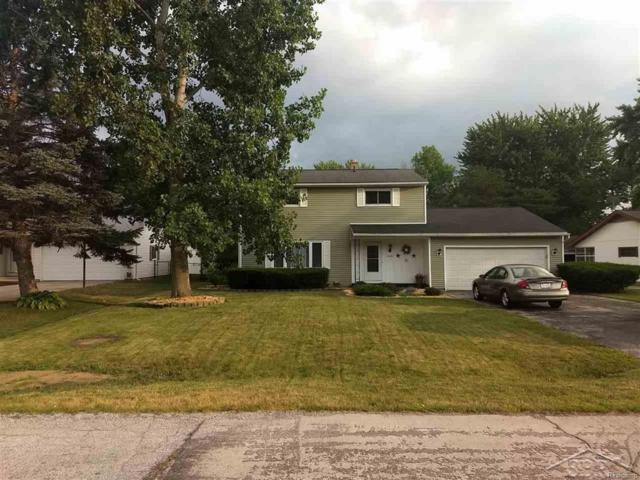 5401 Mary Court, Saginaw Twp, MI 48603 (#61031354108) :: RE/MAX Vision