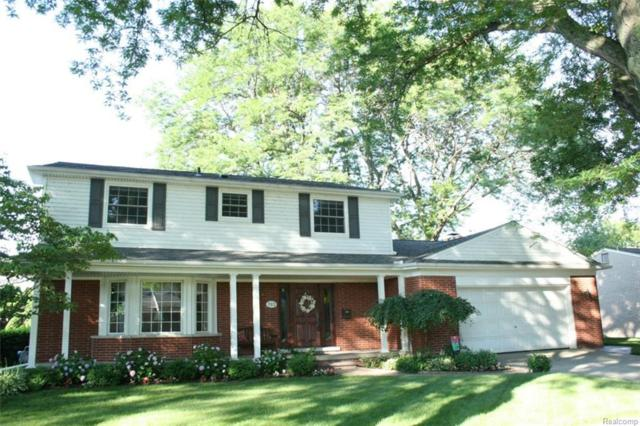703 S Rosedale Court, Grosse Pointe Woods, MI 48236 (#218066950) :: RE/MAX Classic