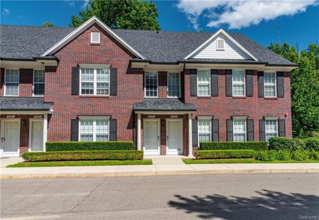 53240 Manchester Avenue, Shelby Twp, MI 48316 (#218068192) :: Duneske Real Estate Advisors
