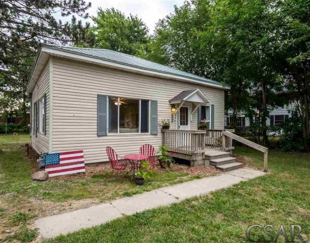 410 N Newton, Fulton Twp, MI 48856 (#60031354510) :: Duneske Real Estate Advisors