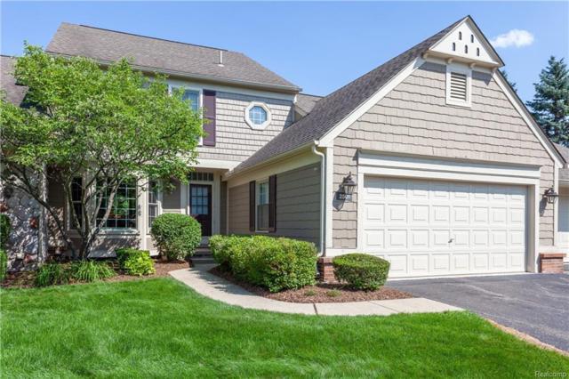 2501 Wildbrook Run, Bloomfield Twp, MI 48304 (#218069214) :: Duneske Real Estate Advisors