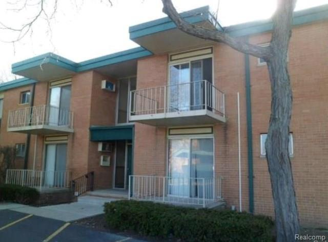 1850 Axtell Drive, Troy, MI 48084 (#218070398) :: Duneske Real Estate Advisors