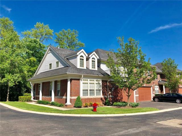 7169 Gateway #35, West Bloomfield Twp, MI 48322 (#218070681) :: RE/MAX Classic