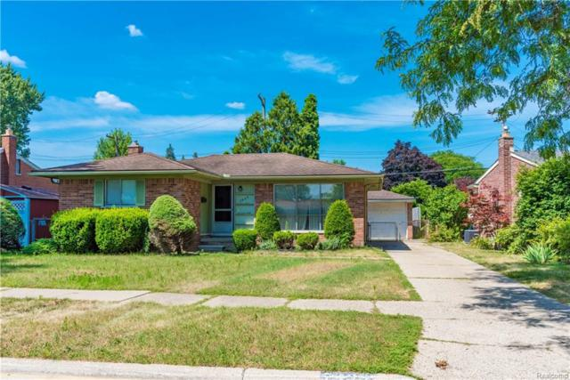 7923 N Charlesworth Street, Dearborn Heights, MI 48127 (#218071177) :: RE/MAX Classic